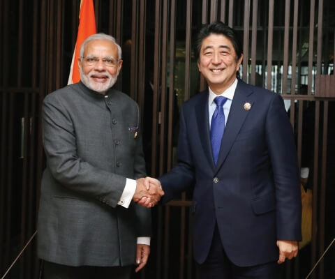 Japanese Prime Minister Shinzo Abe and Indian Prime Minister Narendra Modi