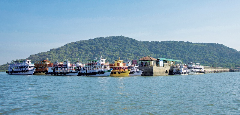 Boat ride to Elephanta Island